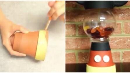 Come trasformare un vaso in un distributore di caramelle