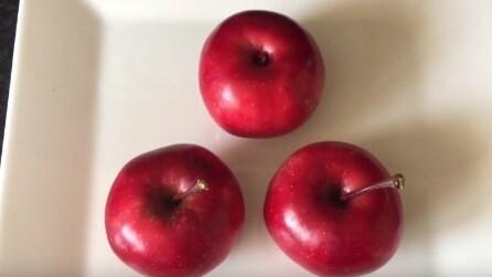 Sembrano delle normali mele ma appena le taglia resterete sorpresi