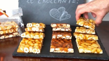 Croccante nocciole, mandorle e arachidi fatto in casa: ottimo anche da regalare