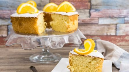 Orange Chiffon Cake: the result will be a moist and delicious cake everyone will love!