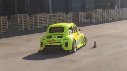 Mettono il motore di una BMW S1000 su una Fiat 500: il risultato è pazzesco