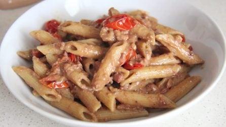 Pomodorini, pancetta e crema di mandorle: un tris perfetto per un primo piatto ottimo