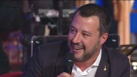 Maurizio Costanzo Show - Matteo Salvini canta Vasco