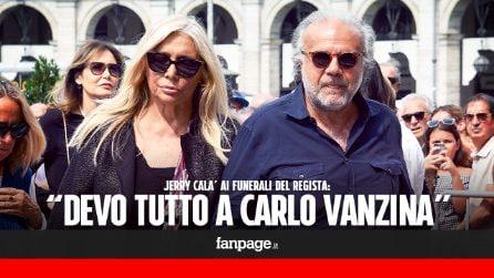 """Funerali Carlo Vanzina, Jerry Calà entra in Chiesa con Mara Venier: """"Gli devo tutta la mia carriera"""""""
