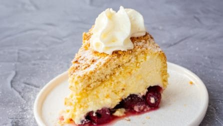 Cherries crumble cake