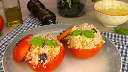 Pomodori ripieni di cous cous: l'idea saporita e originale!