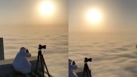 Colazione vista nuvole: uno spettacolo mozzafiato, come non l'avete mai visto
