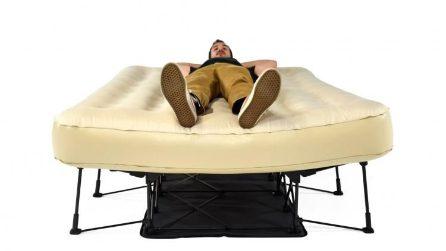 Ecco il letto che si gonfia da solo in pochi secondi