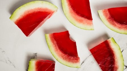 Jello-filled Watermelon: the original dessert to slice up with fun!