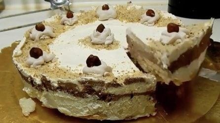 Torta gelato con cioccolato: il dessert fresco ottimo per l'estate