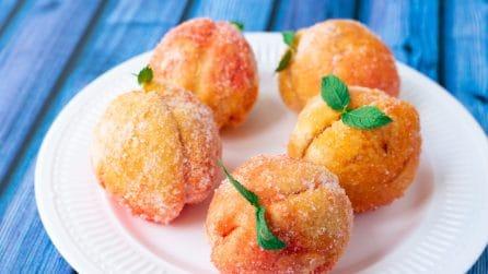Finte pesche dolci con crema: la ricetta per farle in pochi passi!