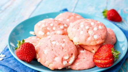 Strawberry cookies: the pinkest recipe ever!