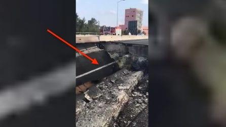 Bologna, esplosione tir: la spaventosa voragine sull'autostrada