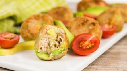 Tuna Avocado Bites