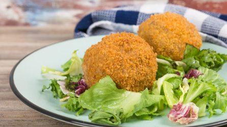 Bombe di carne e cipolla: buone sia fritte che al forno!