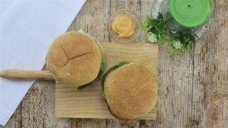 Come preparare un panino hamburger velocemente