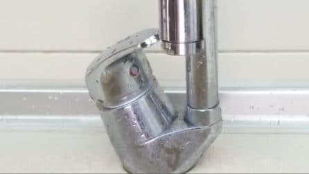 Come pulire e lucidare i rubinetti in acciaio con 1 solo prodotto