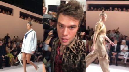 """Fedez rapito dalla bellezza di Gigi Hadid e Kendal Jenner: """"Che f*ghe, voglio che mi bacino"""""""