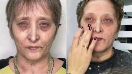 Madre malata non si sente bella, le figlie chiamano una truccatrice: l'emozionante trasformazione