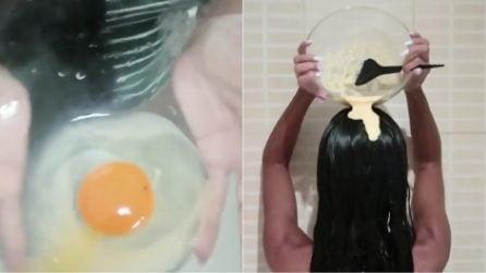 Aggiunge un uovo alla solita maschera per capelli: il risultato è sorprendente