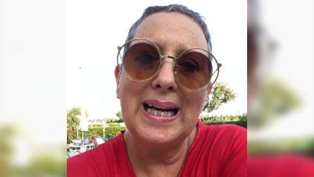 """Carolyn Smith si sfoga sui social: """"Sono pronta per spaccare il c***"""""""