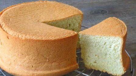 Pan di spagna con 3 ingredienti: soffice, semplice e delizioso