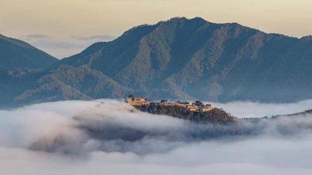 Sopra le nuvole, ma senza volare: posti incredibili che esistono davvero