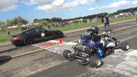Porsche vs Go Kart: una sfida tutt'altro che scontata
