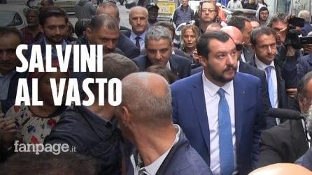 """Napoli, Salvini nel quartiere Vasto: """"Obiettivo immigrati zero. Applausi dei residenti? Commosso"""""""