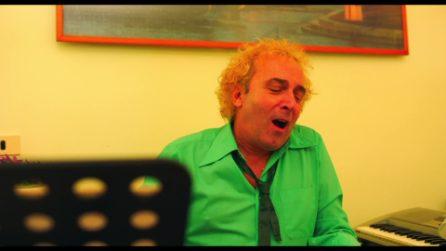 """""""Pure Higuain è assai chiù omm 'e te"""" - la canzone di Tony Tammaro nel film 'Achille Tarallo'"""