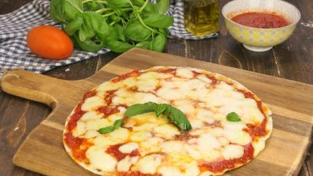 Tortilla pizza: a quick and delicious recipe!