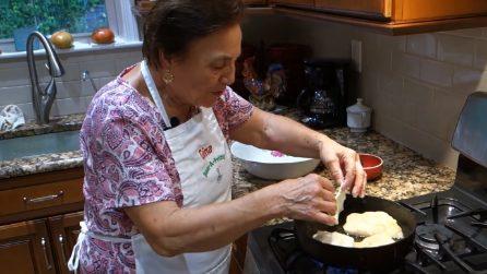 Pizza fritta con la nonna: il gusto della tradizione nei tuoi piatti