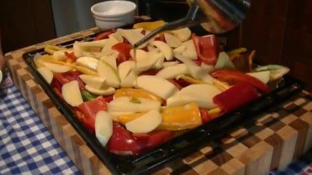 Peperoni e patate al forno: il contorno squisito che piacerà a tutti