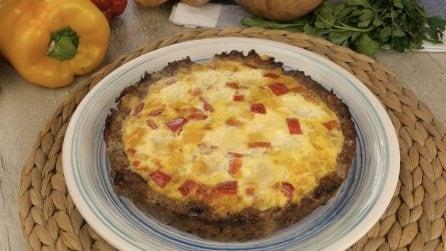 Torta di carne e uova: farcita con mozzarella e peperoni è ancora più buona!