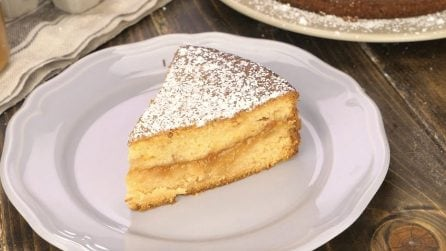 Twice baked cake with filling: this recipe will leave you speechless!