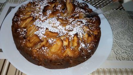 Torta mele e uvetta: una combinazione deliziosa che amerai