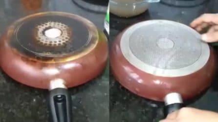 Come pulire il fondo della padella bruciato: il trucchetto da provare