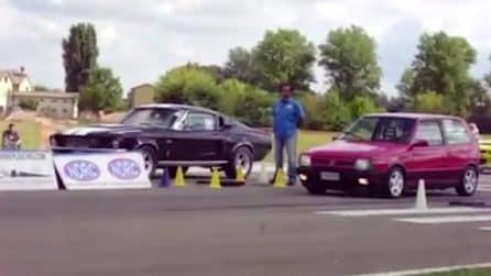 Fiat Uno vs Mustang '67: l'inaspettato testa a testa