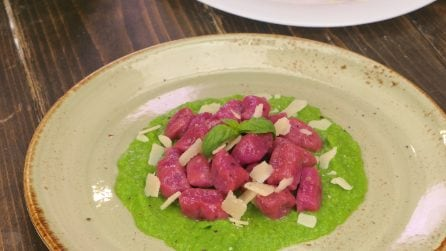 Beet gnocchi: a delicious pasta dish that will amaze your dinner guests!