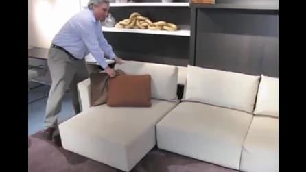 Sembra un normalissimo divano, in realtà si nasconde una camera da letto