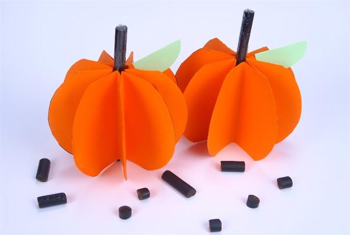 Come Fare Zucca Di Halloween Video.Zucca Di Carta L Idea Fai Da Te Per Halloween