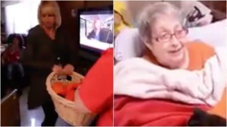 Anziana riceve in dono una cesta molto speciale: la sorpresa commuove il web