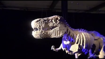 'The art of the brick': a Milano le opere create con i Lego