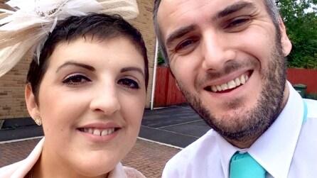 Lei gli dice che è malata di cancro, lui le chiede di sposarlo. La commovente storia di Dawn e Stephen