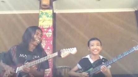 Padre e figlia di 9 anni suonano insieme: resterete incantati dal loro talento
