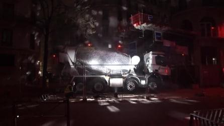 La betoniera diventa una palla da discoteca: il risultato è strabiliante