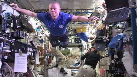 Mannequin Challenge spaziale: immobili come statue a bordo della Iss