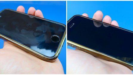 Come pulire lo schermo del tuo telefono: il trucchetto semplice e veloce