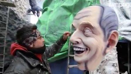 Carnevale Viareggio: ecco come nascono i giganti di cartapesta