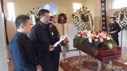 Roma, i funerali della ragazza cinese morta: il ricordo commovente del padre